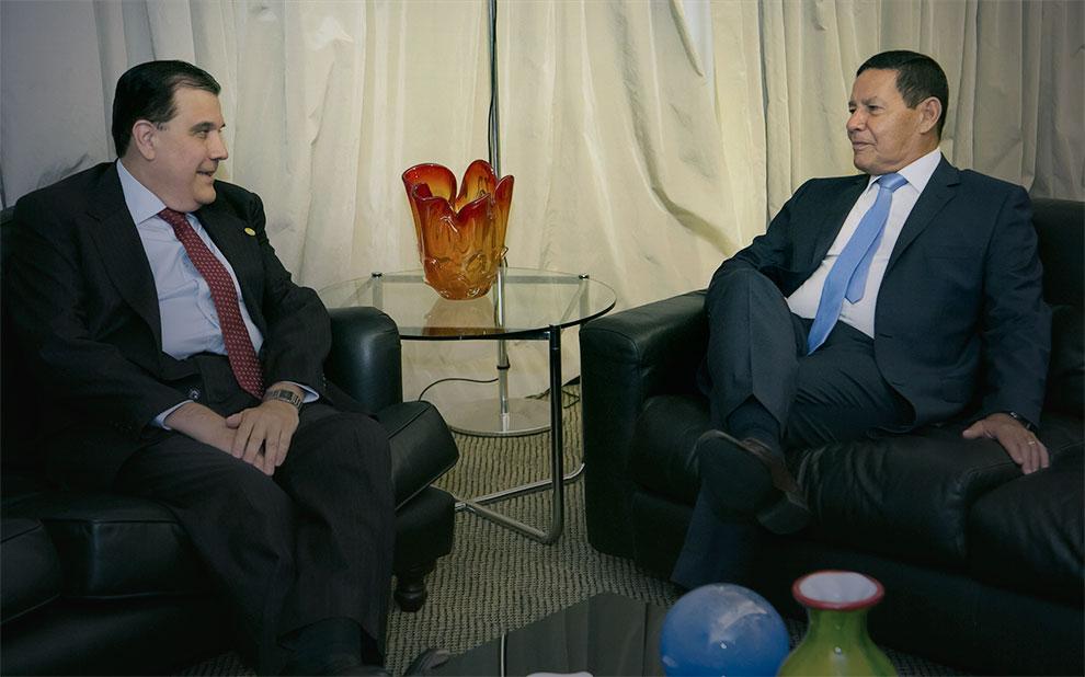 Vice-Presidente da República, General Hamilton Mourão visita a FGV