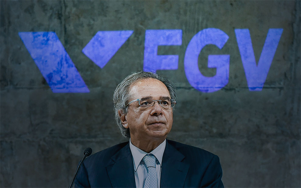 Economy Minister Paulo Guedes debates Federative Pact and new fiscal model for Brazil