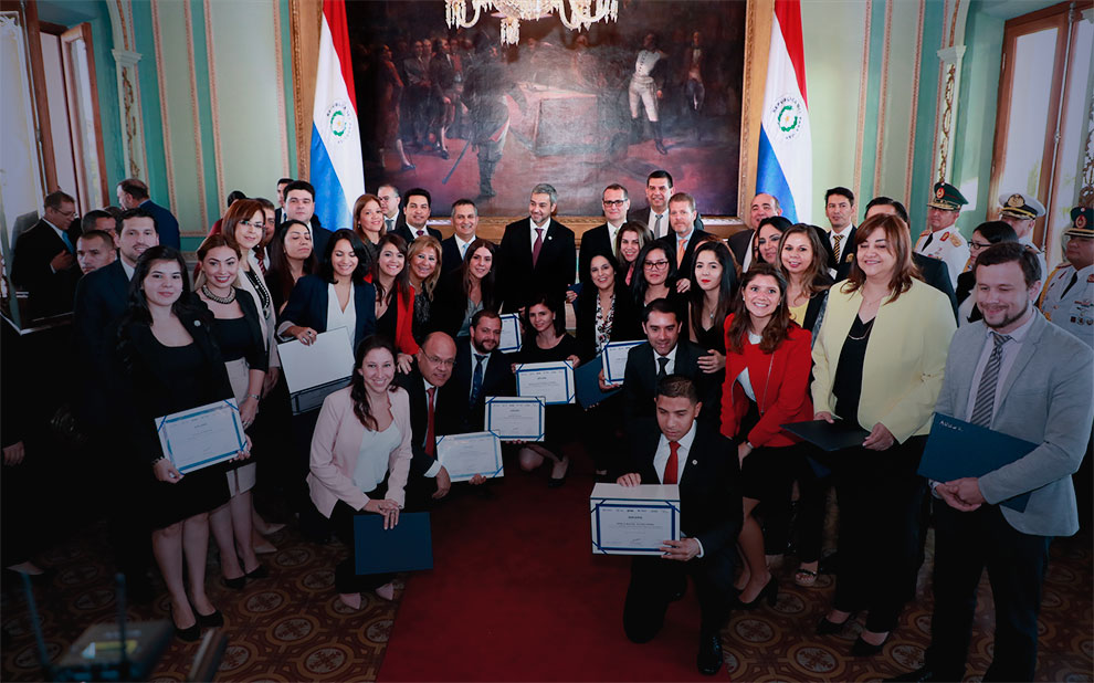 FGV completes program for training ministers of the Paraguayan government