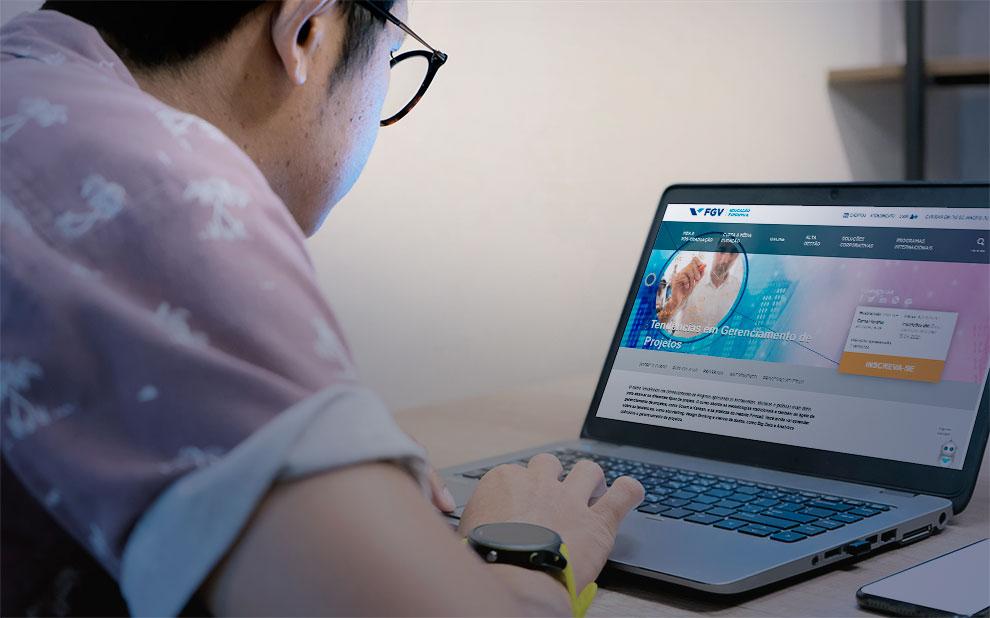FGV oferece disciplinas gratuitas online para alunos de cursos de especialização presencial