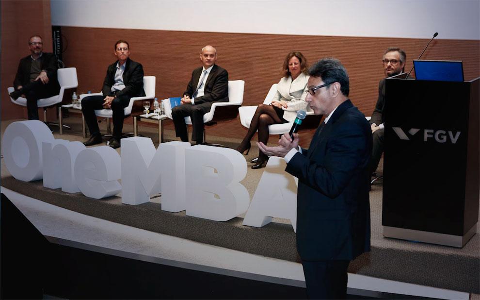 Inovação é fundamental para o crescimento sustentável, apontam especialistas em debate na FGV
