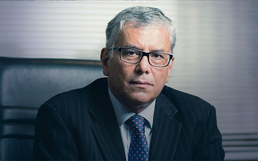 Rubens Penha Cysne lança livro 'Brasil 1982-2019: uma coletânea de artigos na área de economia'