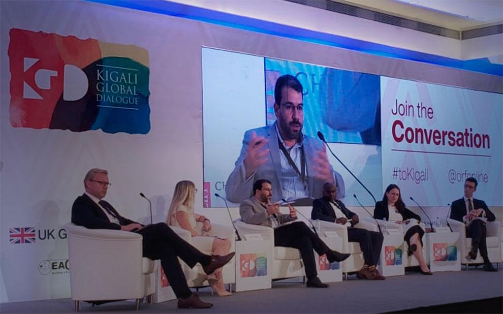Governança global e desenvolvimento são discutidos por pesquisadores em evento na África