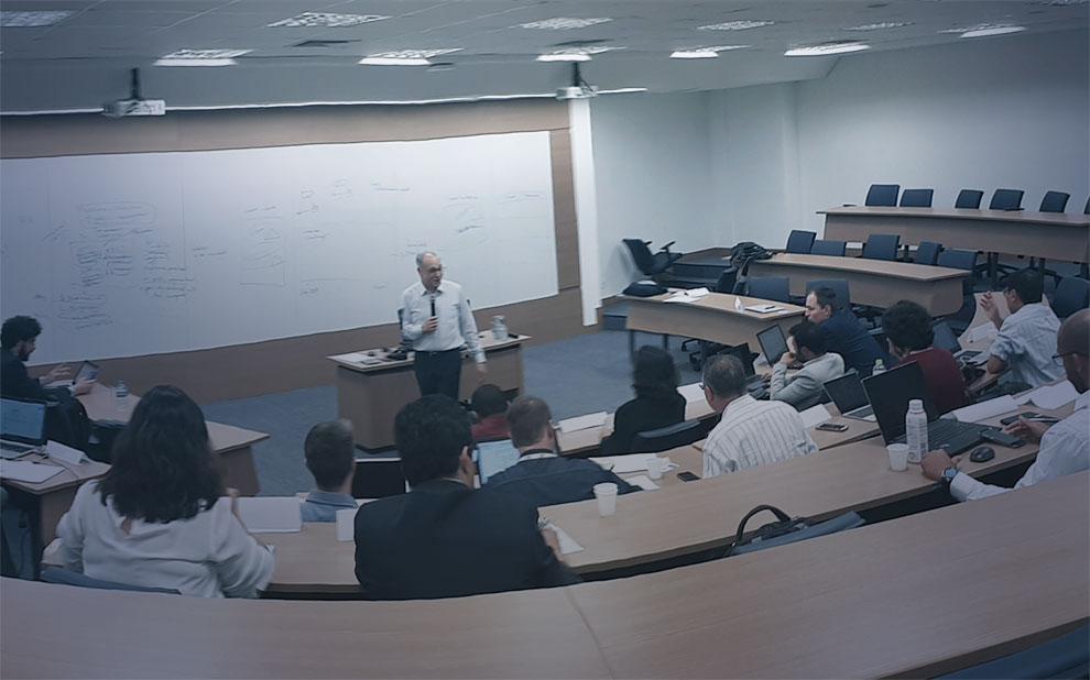 Professor Michael Barzelay apresenta iniciativa para formação docente em Administração Pública