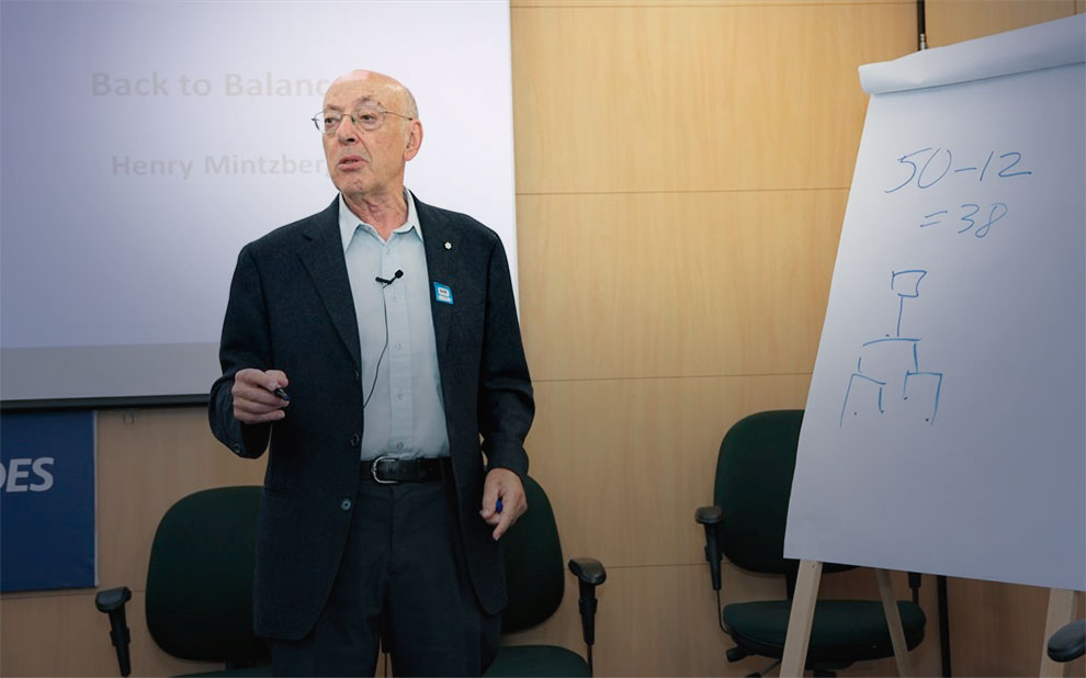 Internationally renowned professor opens the last module of the BNDES leadership program