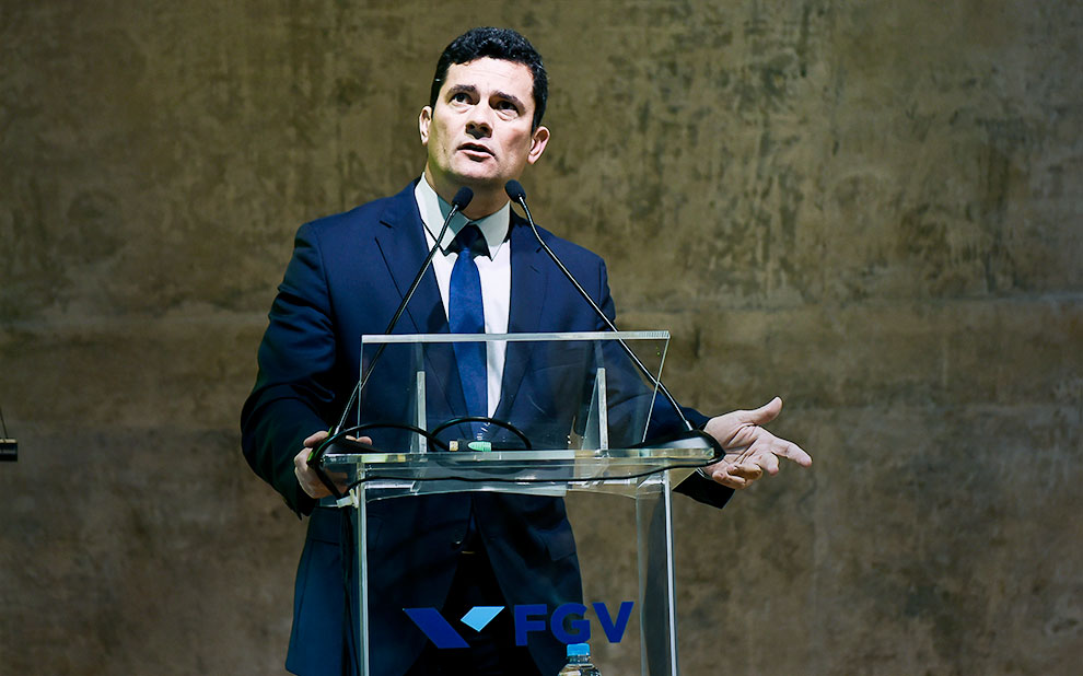 Sérgio Moro pushes for iron-handed public policies to fight corruption during FGV symposium