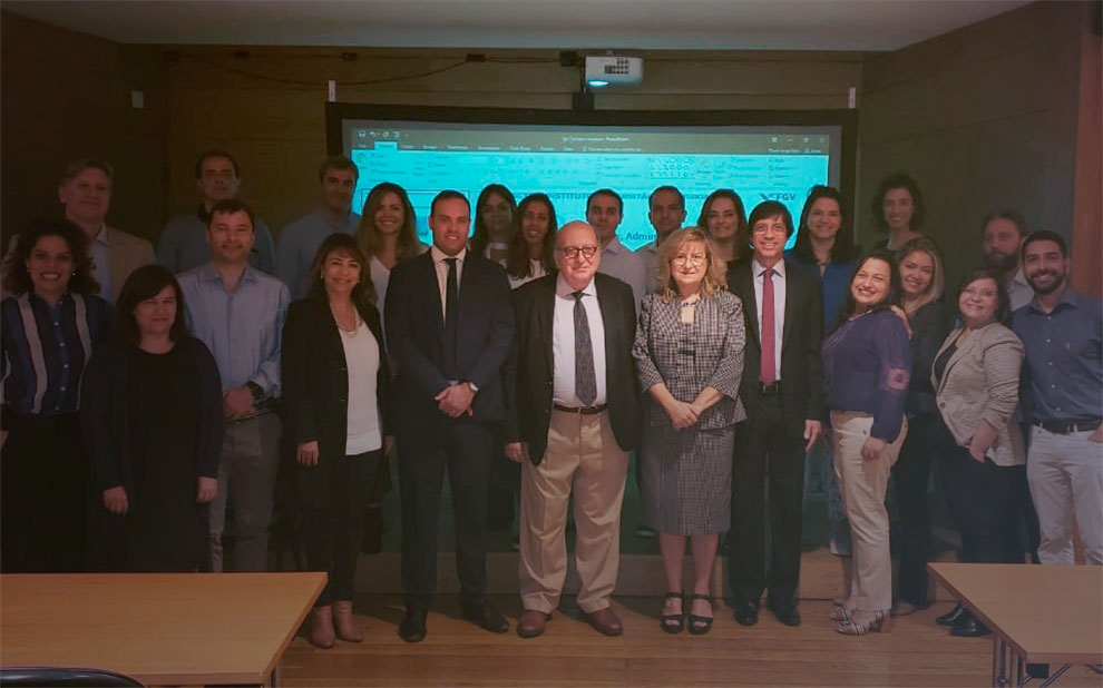 Master's students participate in international module on innovation and public management in Portugal