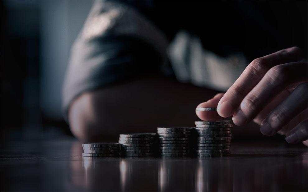 Inflação para famílias com renda de até 2,5 salários mínimos avança e permanece acima do IPC-BR