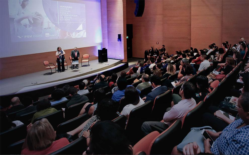 Seminário discute importância da gestão escolar voltada para aprendizagem