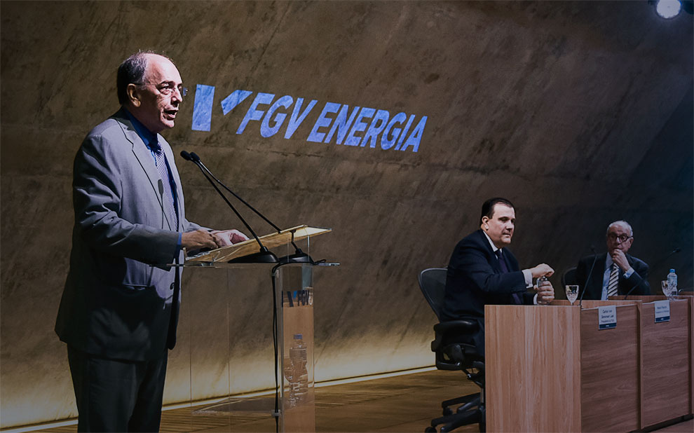 Pedro Parente talks about the challenges and prospects of the oil & gas industry at FGV