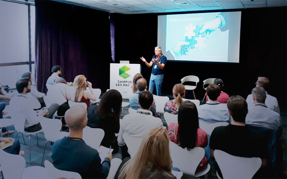 Palestra sobre fusões e aquisições reúne empreendedores no Google Campus, em São Paulo
