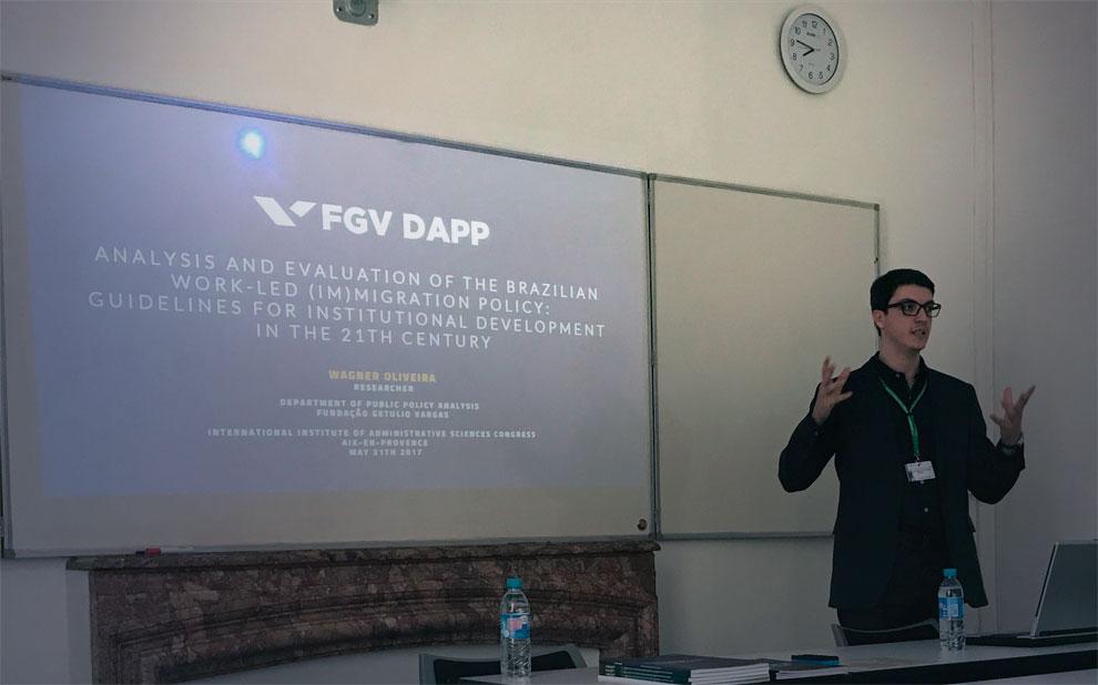 DAPP participa de congresso internacional sobre gestão pública e migrações na França