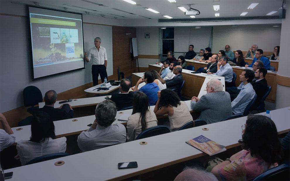 Presidente da GranBio fala sobre potencial do Etanol Celulósico no Brasil