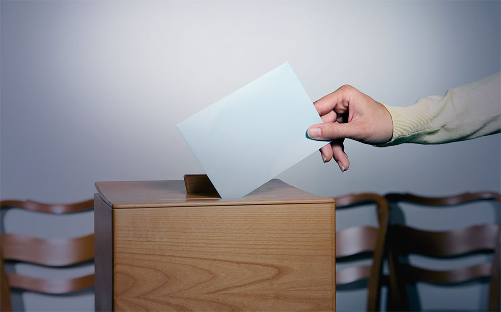 Reformas em debate: o sistema político-partidário e a crise de representatividadeq