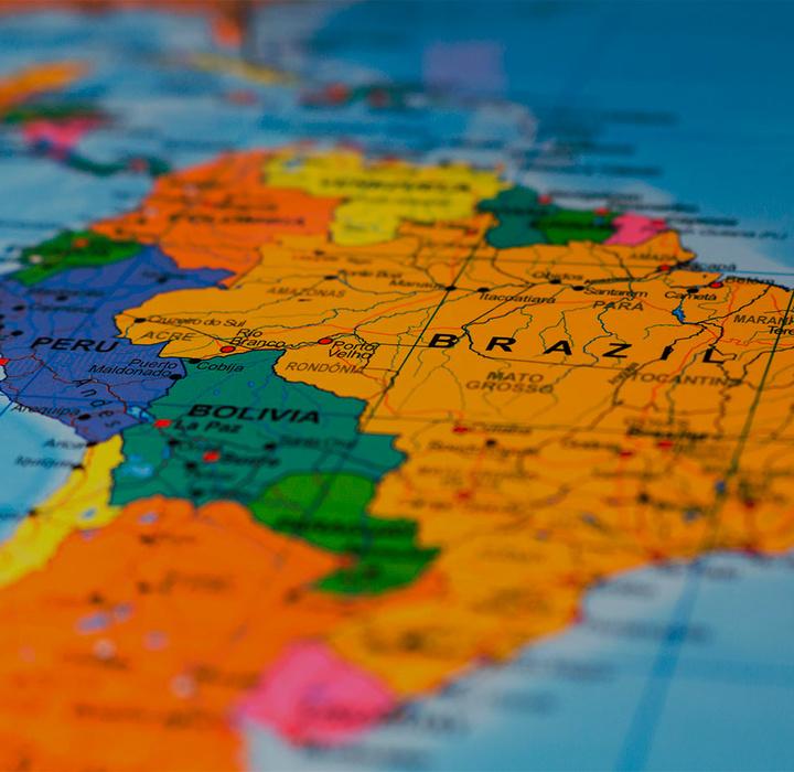 Choques externos, representação e democracia na América Latina