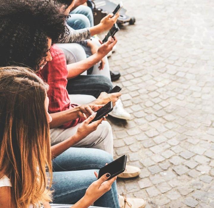 Webinar I Bate-papo Jovens e Internet: Saúde mental e física