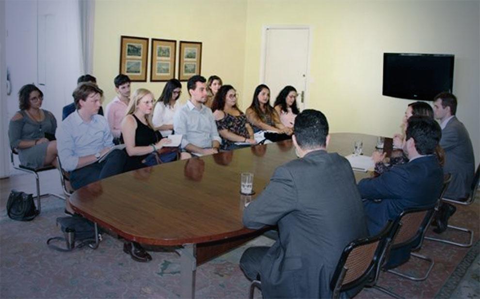 Atividade leva alunos da FGV EAESP para conhecer experiências internacionais na América do Sul