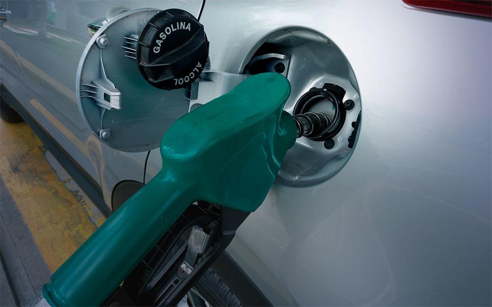 Inflação do Carnaval aponta etanol e gasolina como vilões da folia