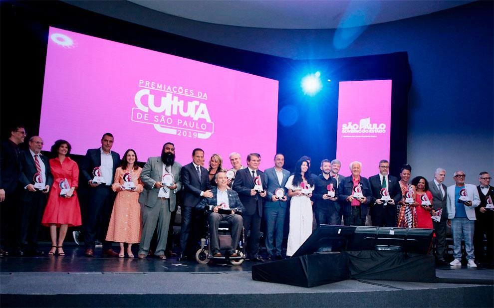Governo de São Paulo premia estudo da FGV sobre impacto econômico do teatro musical