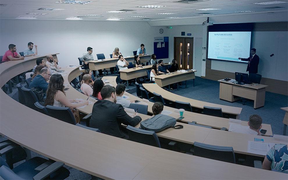 Aula inaugural reúne novos alunos do Mestrado Administração Pública