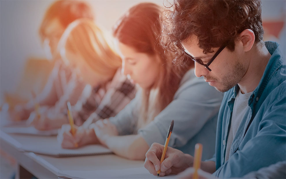 FGV holds middle of the year university entrance exam for Administration courses in Rio de Janeiro and Sao Paulo