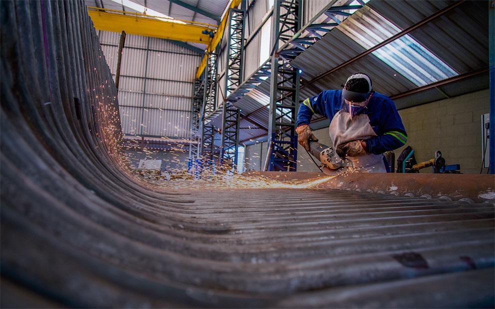 Confiança da Indústria avança em fevereiro de 2020 e atinge mesmo nível de março de 2018