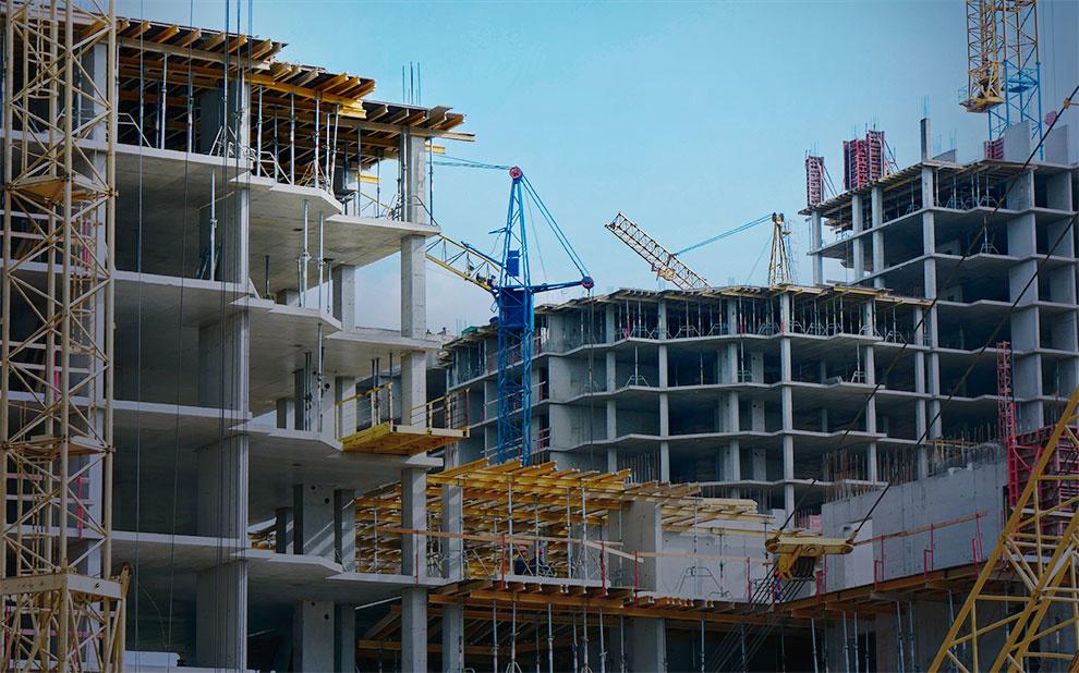 Confiança da Construção recua e atinge menor nível desde setembro de 2018