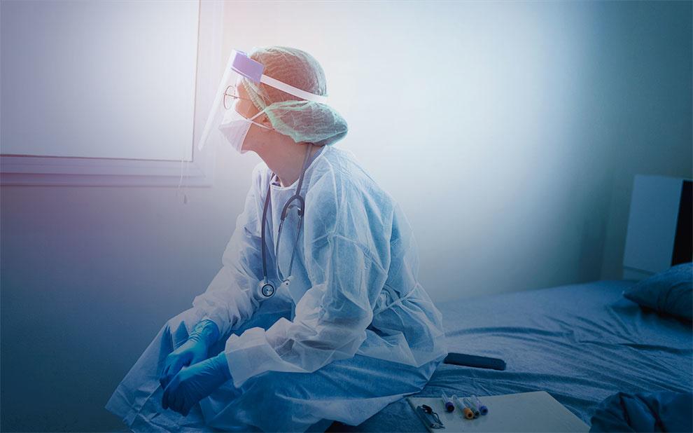 Apenas 14,2% dos profissionais de saúde se sentem preparados para lidar com Covid-19, revela pesquisa