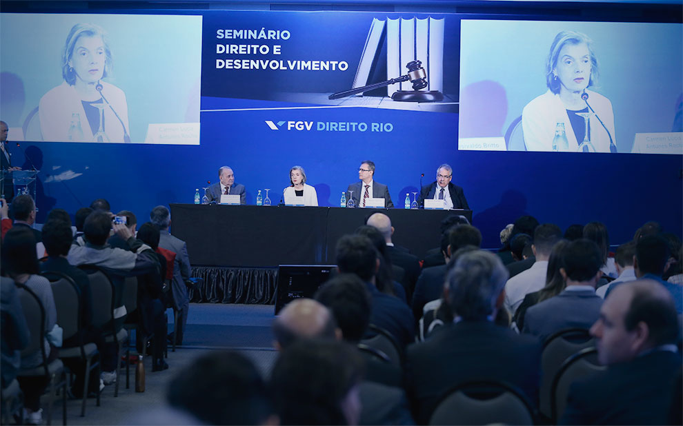 Seminar on Law and Development gathers authorities and experts in Brasília