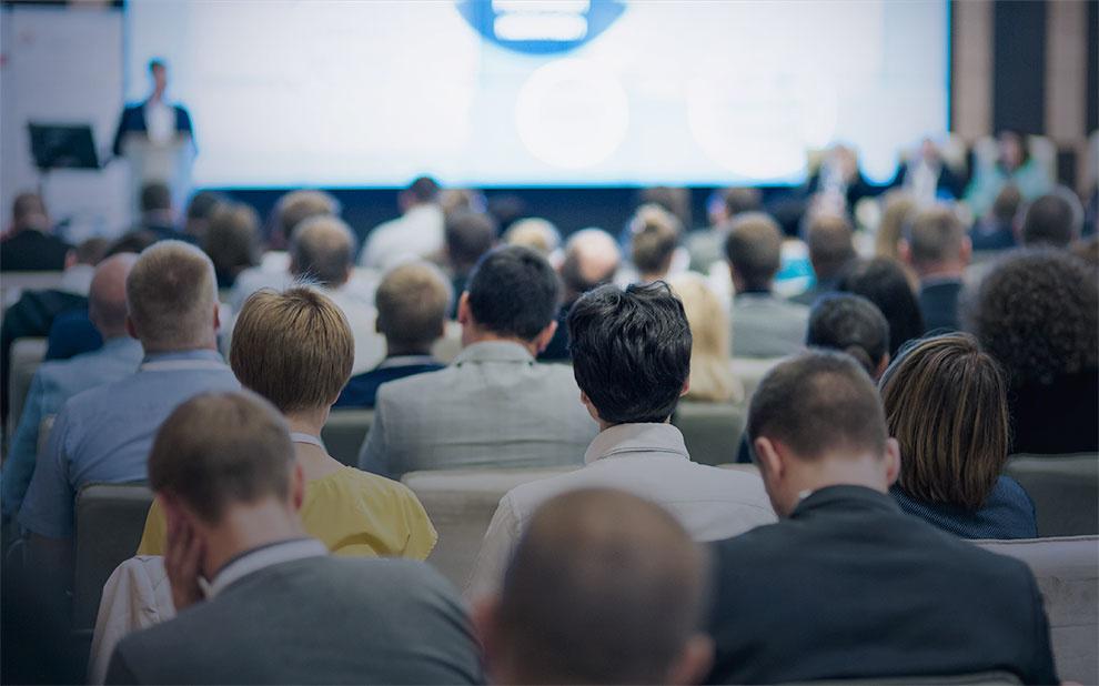 Simpósio reúne especialistas para debater gestão em tempos de anti-intelectualismo e pós-verdade
