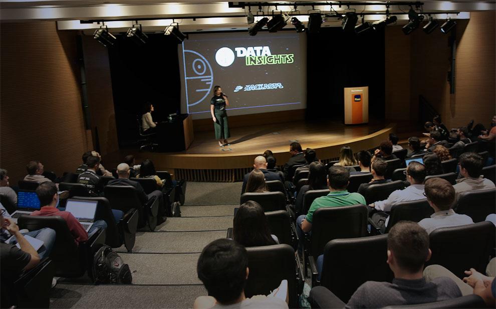 Hackathon reúne cientistas de dados do Itaú em busca de soluções inovadoras para oportunidades operacionais