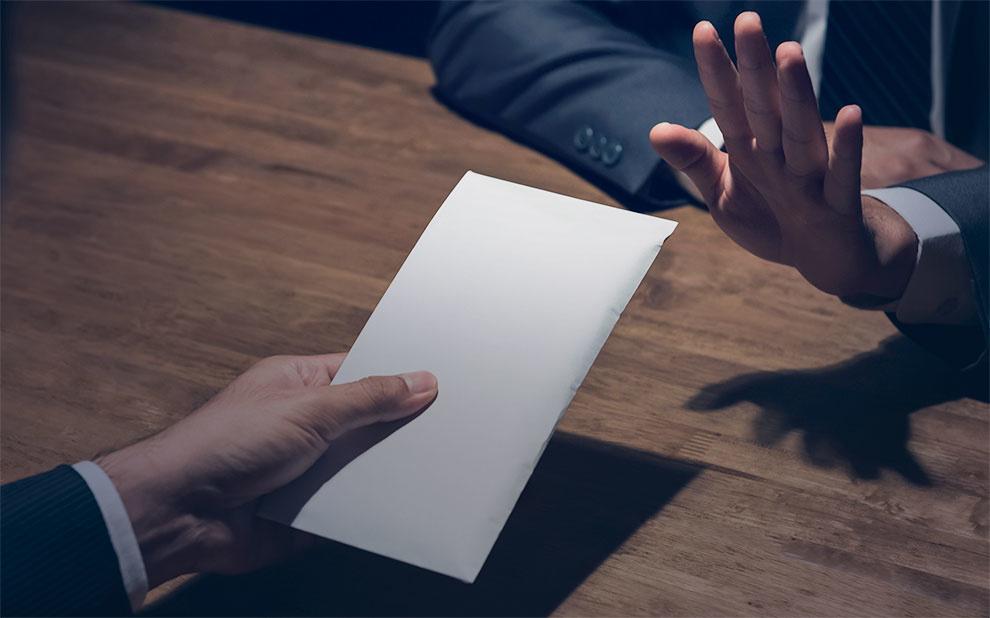 Especialistas em diversas áreas do direito realizam debate sobre corrupção
