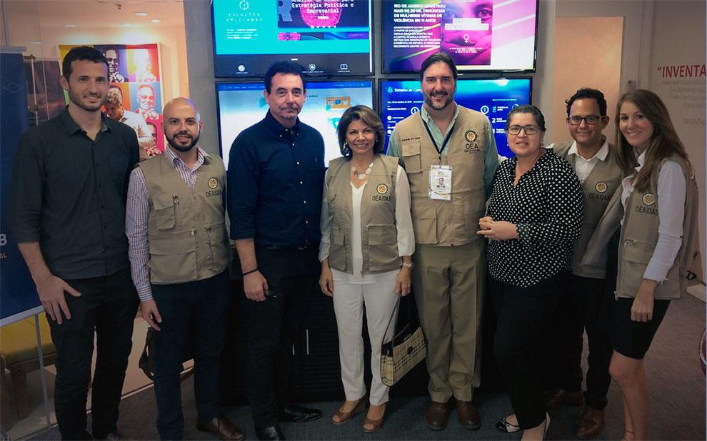 Sala de Democracia Digital é apresentada a observadores da OEA