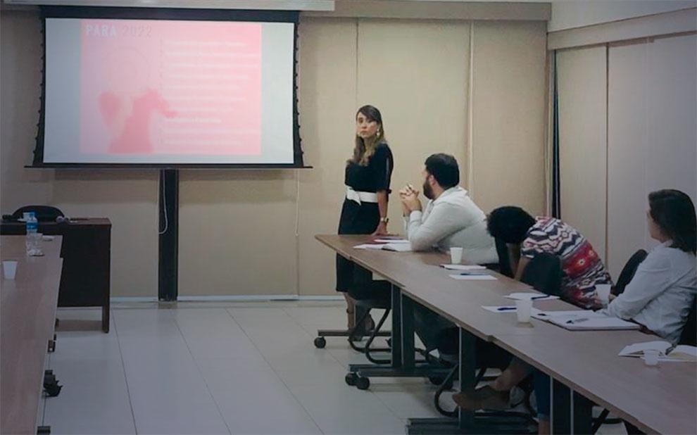 Especialista palestra sobre a importância dos soft skills para profissionais do século XXI