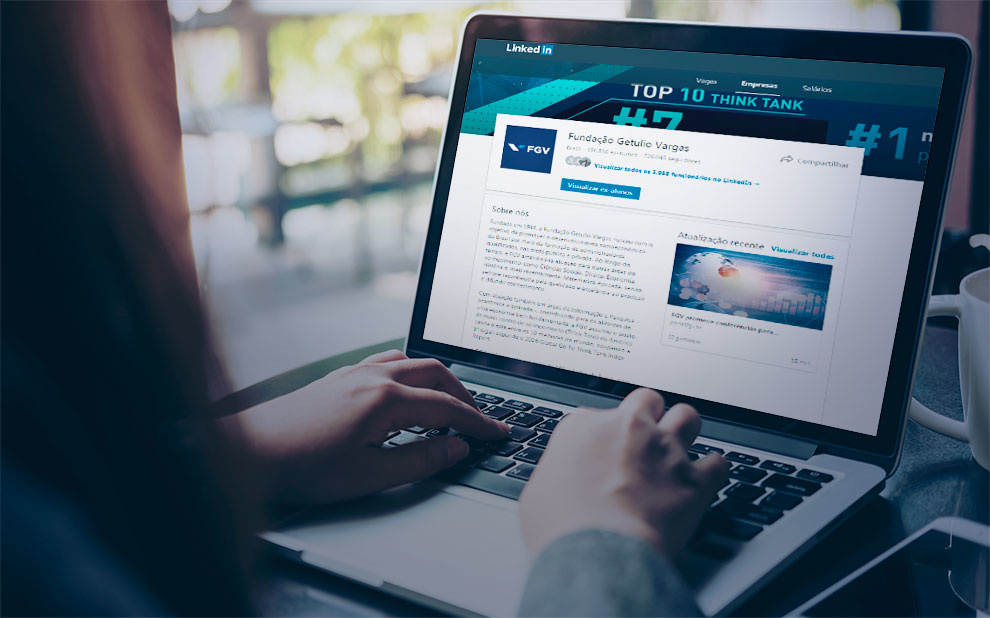 FGV reaches unprecedented milestone and passes Harvard on LinkedIn
