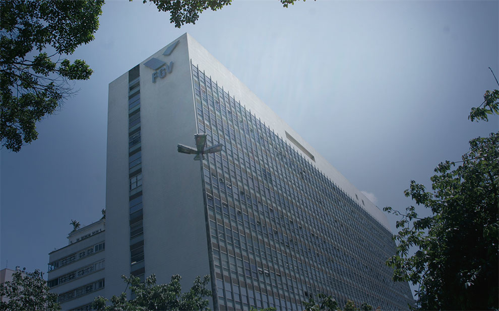 FGV recebe comitiva da embaixada americana