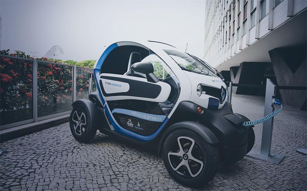 2017 Retrospective: Future of Itaipu discussion and electric car exhibit mark last Energy in Focus of 2017