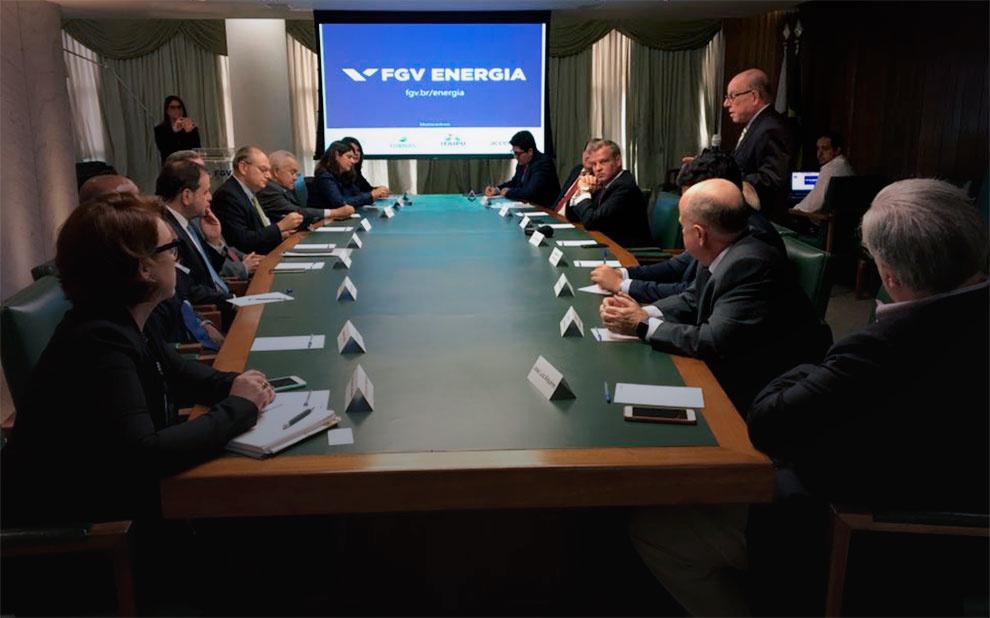 Especialistas do setor energético reúnem-se para 1ª reunião do Conselho Consultivo da FGV Energia