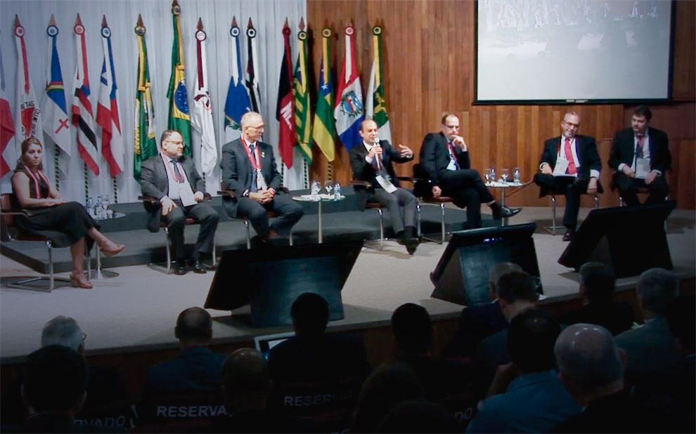 Fórum debate importância de cidades de médio porte no desenvolvimento regional