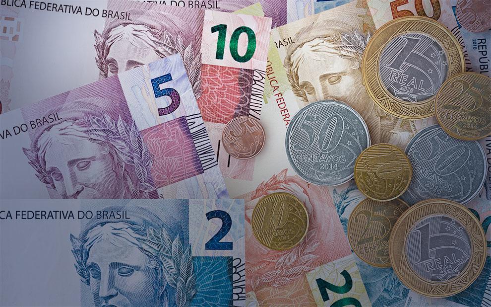 Novo livro aborda diferentes modelos macroeconômicos