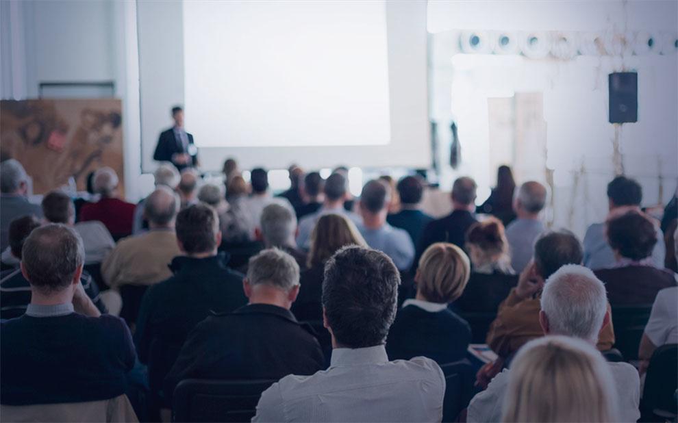 Encontro internacional debate empreendedorismo e gestão de pequenas empresas