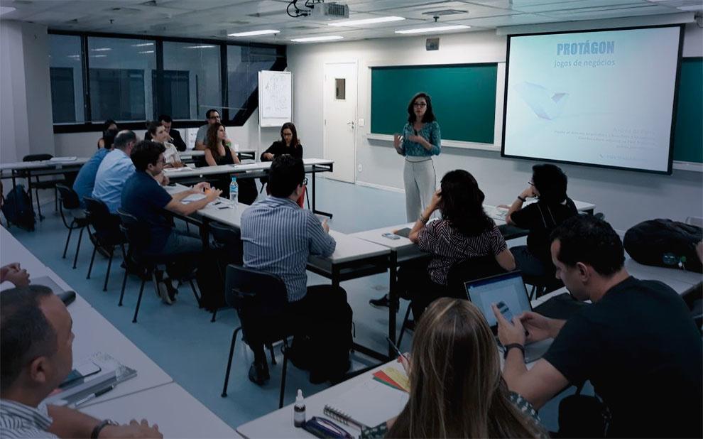 FGV Management promove interação com atores em curso de Neurobusiness