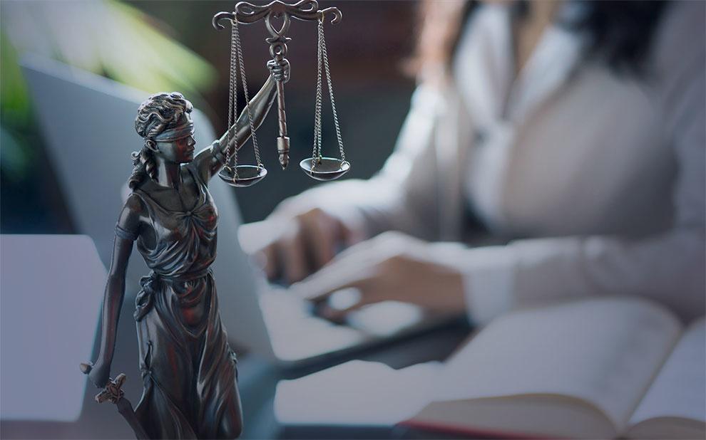 Direito SP recebe inscrições para programas de pós-graduação em direito societário e empresarial