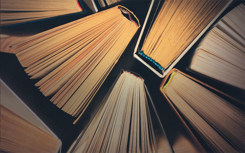 Editora FGV lança obra que discute livros didáticos de história