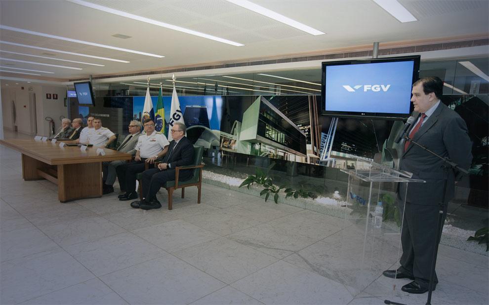 Cerimônia formaliza parceria entre FGV e Marinha do Brasil