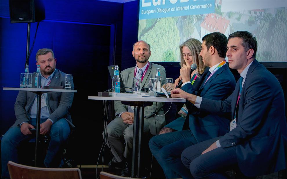 Fórum Europeu debate modelos alternativos de acesso à internet