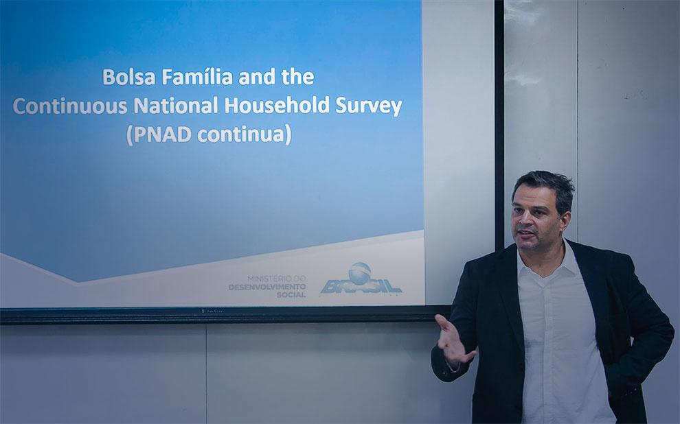 Workshop aborda impactos e melhorias para o programa Bolsa Família