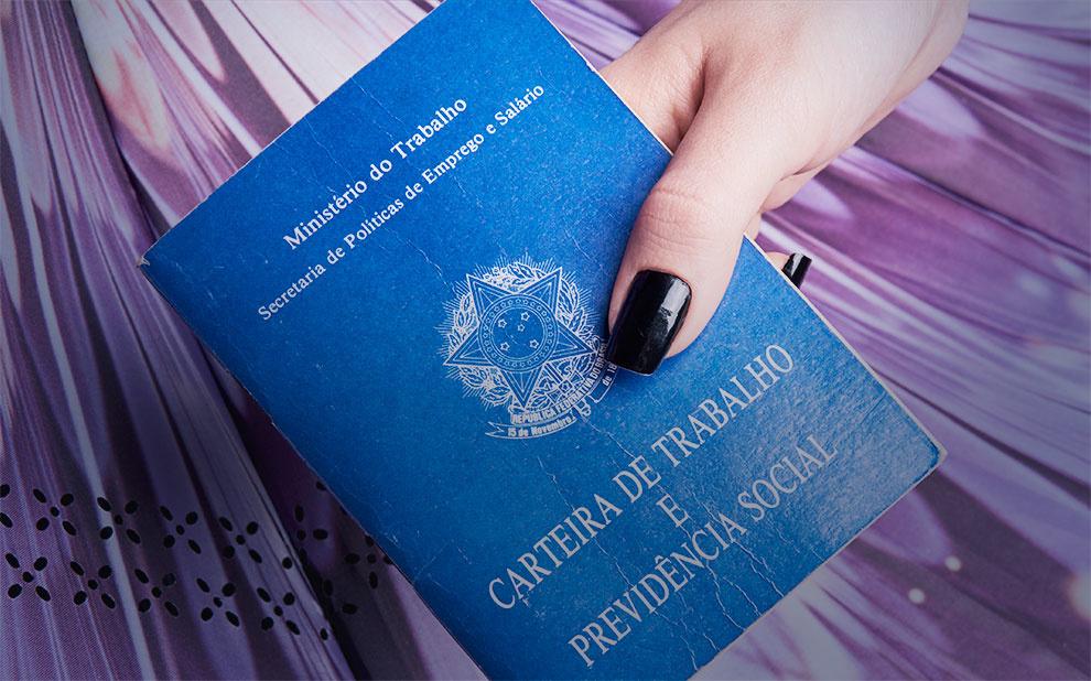 Direito das mulheres: pesquisadora apresenta estudo sobre feminismo e legislação trabalhista no Brasil