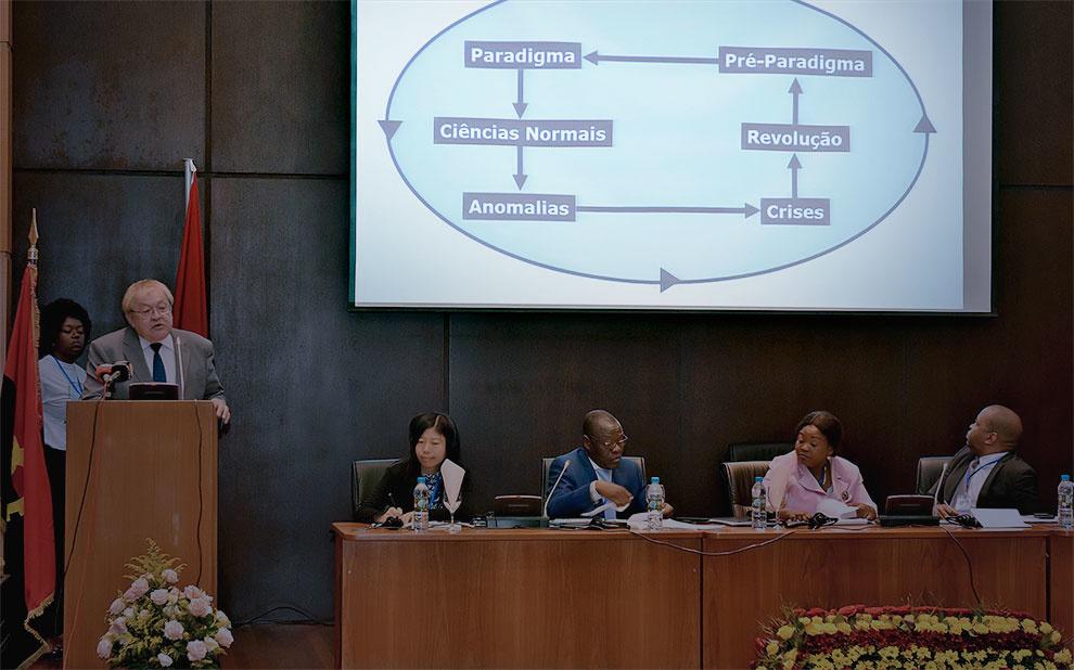 Evento propõe debate sobre desafios de Angola frente à atual ordem econômica e financeira mundial