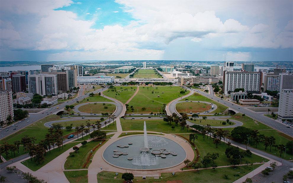 Lei de Diretrizes Orçamentárias é debatida em Brasília